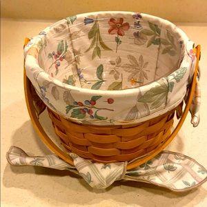 Longaberger Medium Fruit Basket